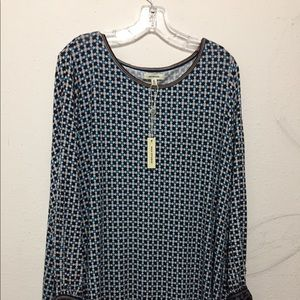 Plus Size 2X Abstract Pretty Blouse